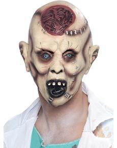 Masque de zombie après autopsie